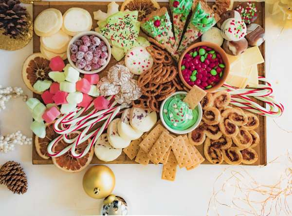 Christmas Dessert Charcuterie Board Ideas | Chenée Today