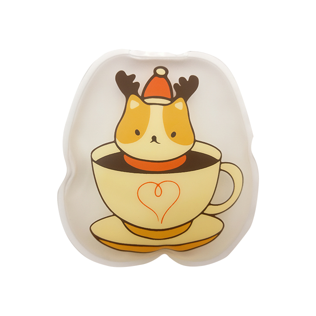 L-517-11 Oval Shape Instant Hot Pack, printed with puppy in a teacup. Alternative printings are welcome