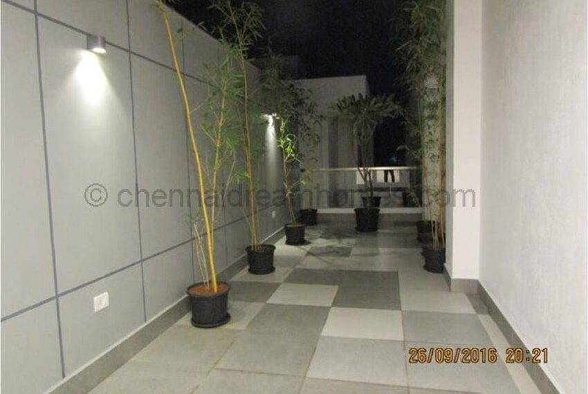 terrace-garden-area-night-view