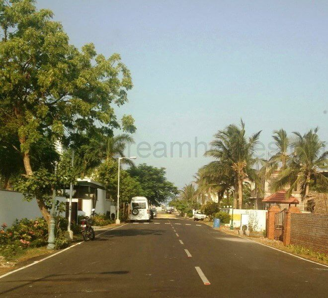land for sale in injambakkam