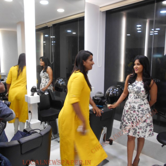 priya-anand-essensuals-hairdressing