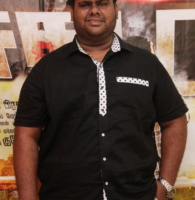 Sathuran-Movie-Team-Interview-Photos48