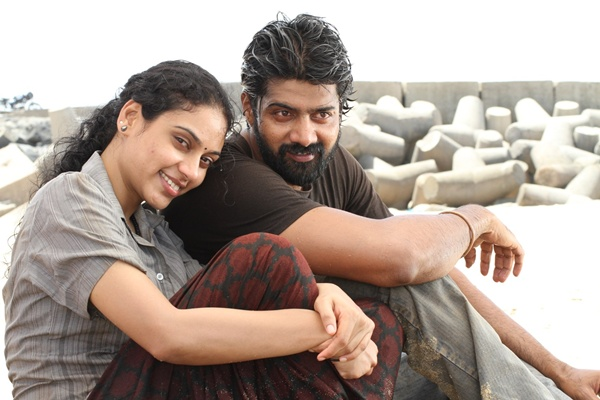 Sivappu Tamil Movie Photos by Chennaivision