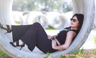 Tamil Actress Nandita Swetha Photos by Chennaivision