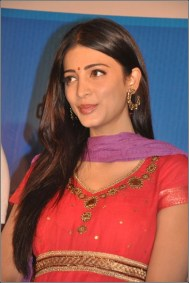 Tamil Actress Shruti Haasan Photos by Chennaivision