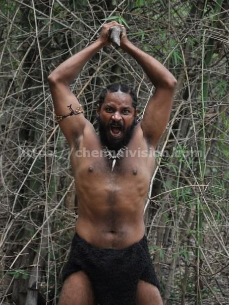 Aaraam Vetrumai Tamil Movie Photos 1