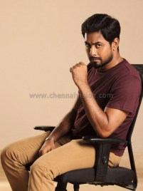 Actor Aari Photos