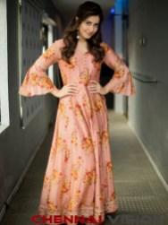 Actress Raashi Khanna latest Photos 1