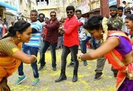 Avathara Vettai Tamil Movie Photos 2