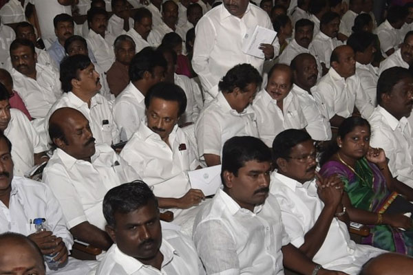 Karunanidhi slams Jayalalithaa for insulting Stalin