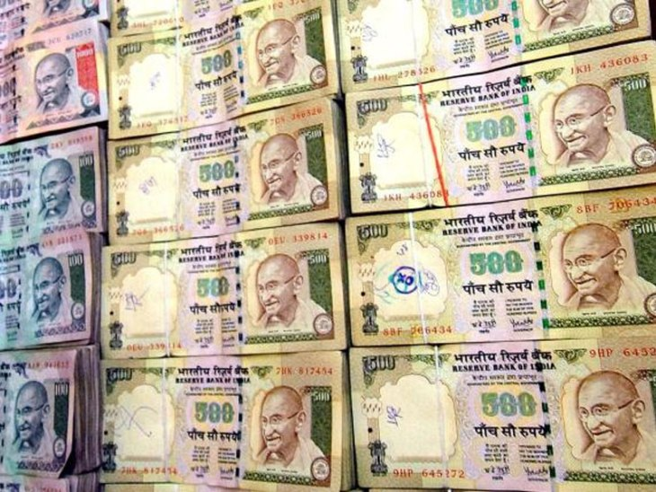 More Than Rs. 100 Crore Cash Seized In Tamil Nadu