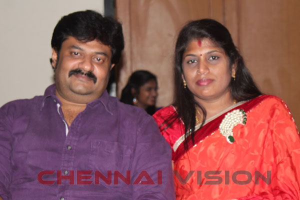 Vendhar Movies' Madhan's mother, wife approach Chennai police