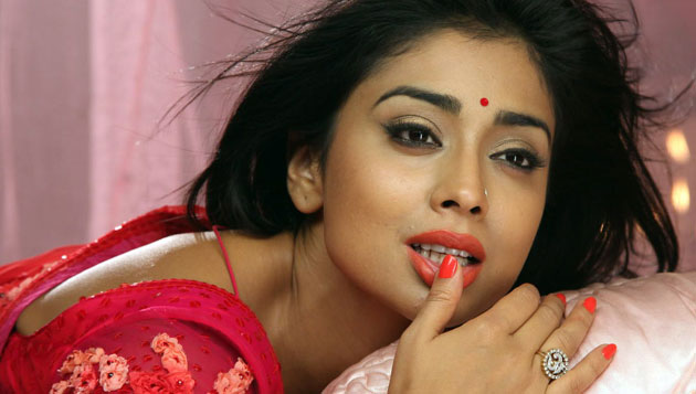 Shriya in love with Dwayne Bravo?