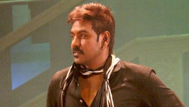 Raghava Lawrence to act in Moondru Mugam remake