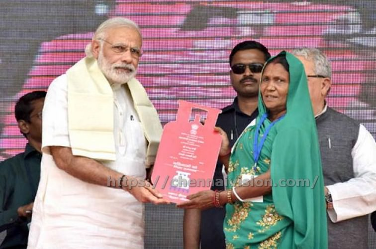 1.5 crore LPG connections issued to BPL households under PM Ujjwala Yojana