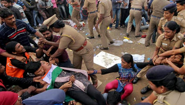 Protests withdrawn at Marina, Jallikattu Bill passed at Assembly