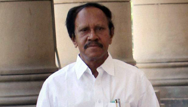 Thambidurai wants Sasikala to immediately take over as CM