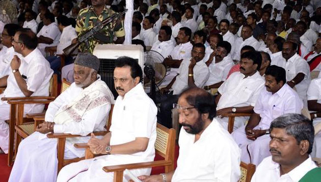 DMK hunger strike across TN, Stalin in Tiruchi