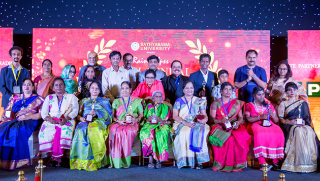 Inspiring women icons honoured at 5th annual Raindropss women achievers awards
