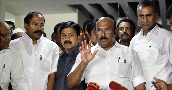 Ministers revolt against Sasikala family, merger with OPS on cards