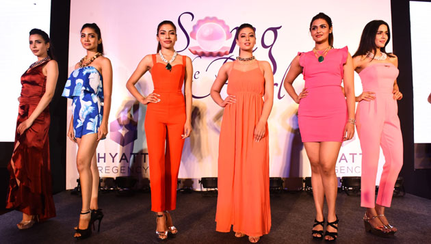 Minnie Menon's pre-festive jewellery collection, 'Song of the Pearl' launched with a Fashion show at Hyatt Regency