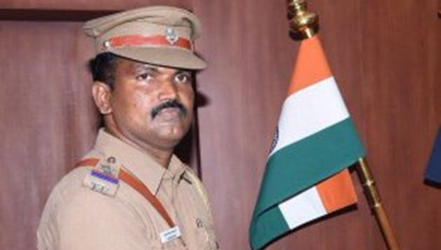 Inspector Periyapandian laid to rest; leaders, top cops, people pay homage