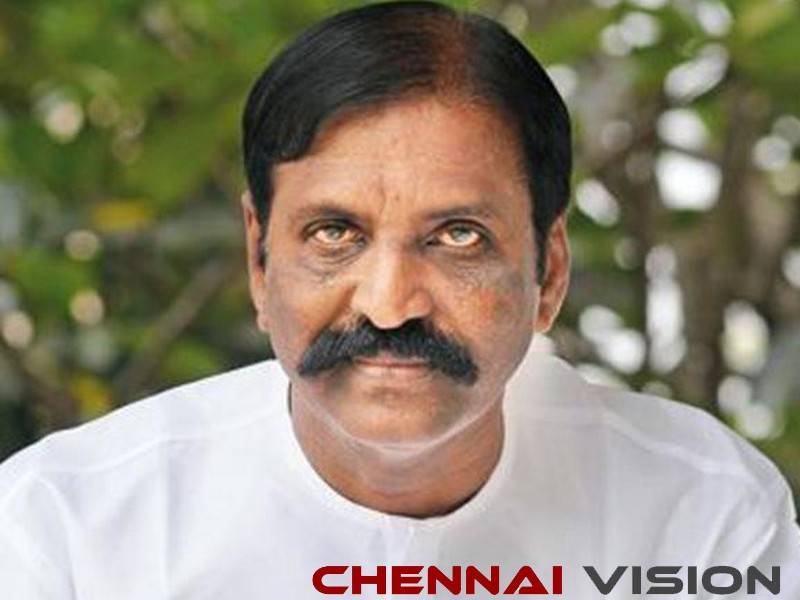 Vairamuthu denies sexual allegations against him