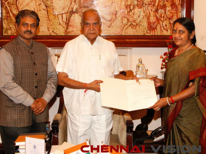 TN Governor appoints Sudha Seshayyan as MGR Medical University VC