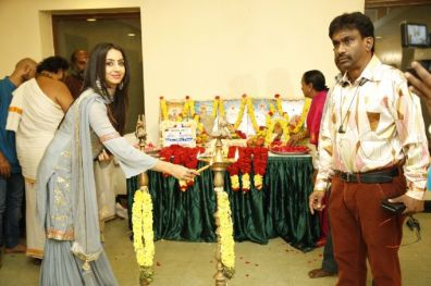 Vijay TV Fame Ramar Pairs with Sanjay Galrani Movie Pooja Stills (40)