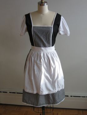 McCall's 6187 dress front