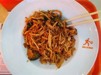 Wok to walk Udon noodles veggies