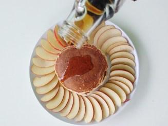 Vegan Cinnamon Apple Pancakes (8)