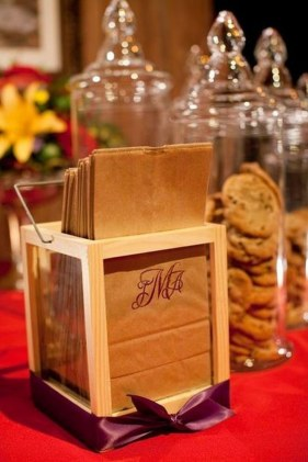 cookie-bar-with-hand-stamped-monogramed-bags