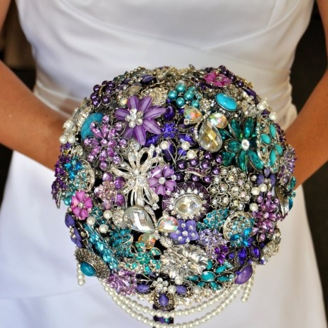 cascading brooch bouquet