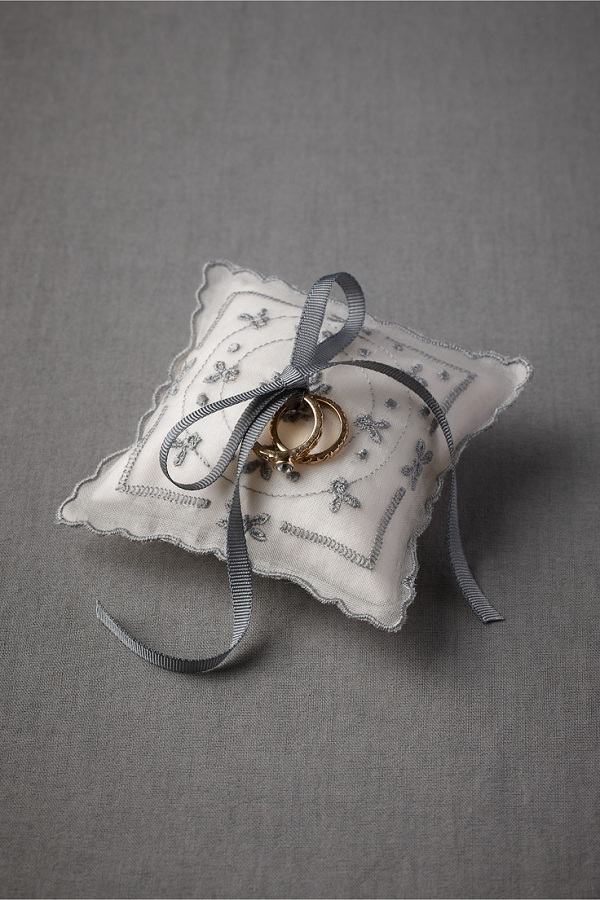Ring Pillow 5
