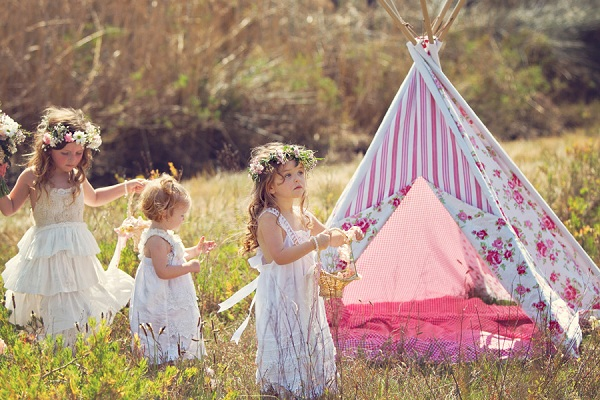 12 Cutest Boho Flower Girl Inspirations