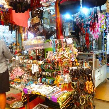Mauritius Grand Baie cherrylsblog.com shopping bazar DSCN8832