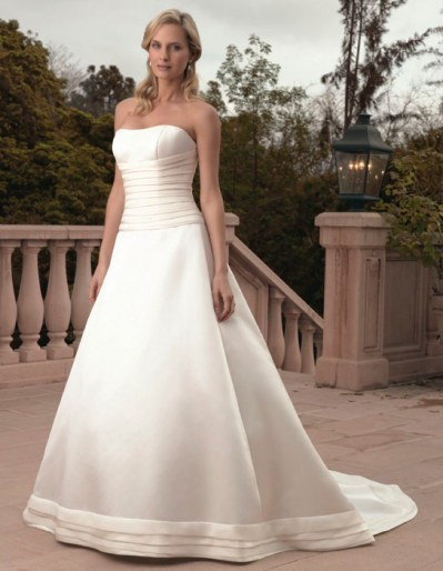 wedding dress for pear shape