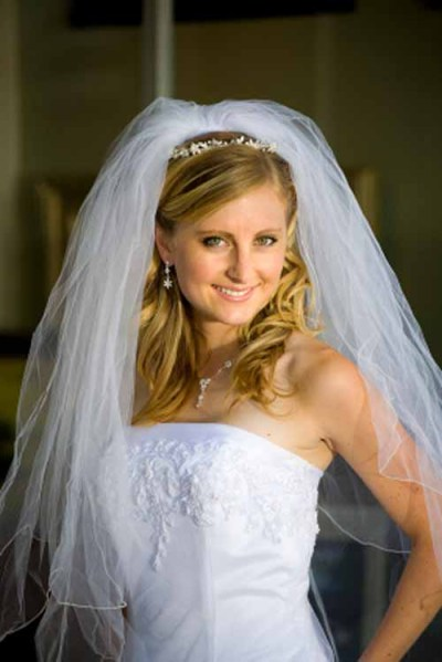 long half up half down wedding hairstyles with veil