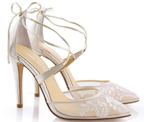 ivory high heeled wedding shoes for bride