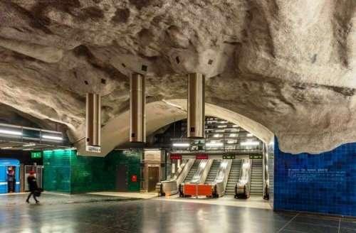 Станции Стокгольмского метрополитена, которые вас восхитят (25 фото)