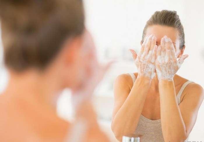 10 способов нетипичного использования хозяйственного мыла, которые помогут не транжирить семейный бюджет