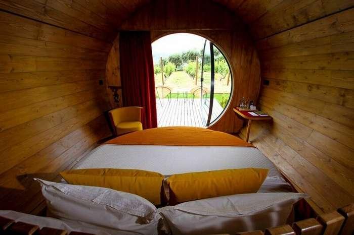 Почувствуй себя Диогеном: отель в Португалии предлагает проживание в винной бочке-8 фото-