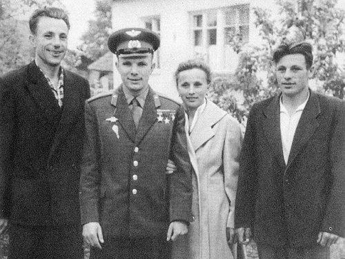 Что стало с братом и сестрой Юрия Гагарина