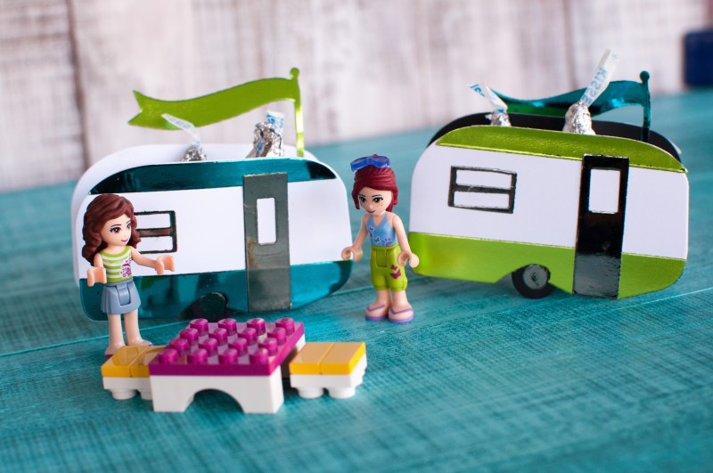Mini Glampers Craft at CHA Mega Show Time