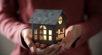 6 Reasons Why Selling Your House on Your Own Is a Mistake   Simplifying The Market