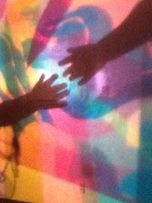 3.HandsWeb