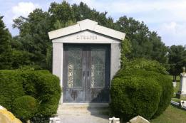 Trimper Mausoleum in Berlin MD