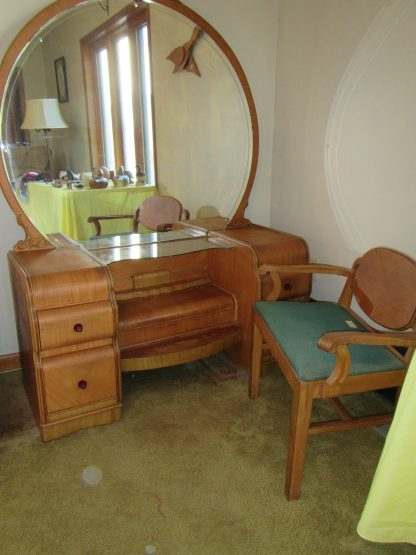 waterfall vanity and chair