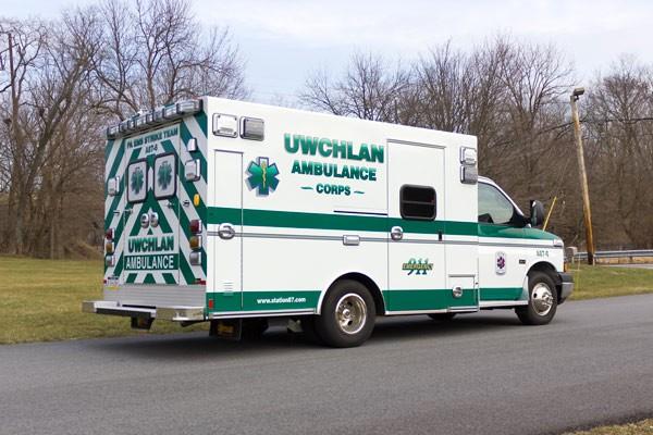 Braun-Express-Type-III-ambulance-07172-Uwchlan-Ambulance-Corps-044-600x400